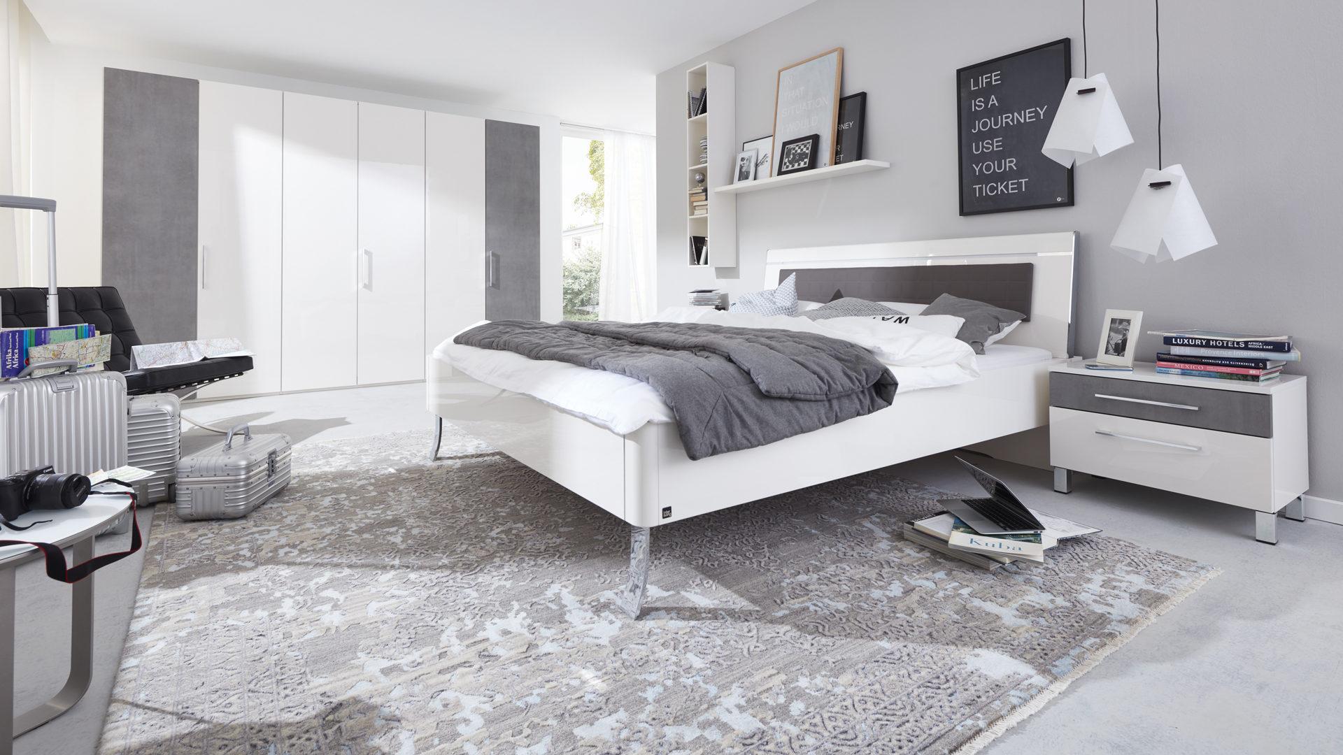 komplettzimmer-loddenkemper-il-aus-mdf-in-weiss-interliving-schlafzimmer-serie-1003-schlafzimmerkombination-bianco-weisse-hochglanzoberflaechen-und-, Schlafzimmer entwurf